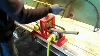 Трубогиб профильной трубы (профилегиб)(Универсальный трубогиб. Подходит для мастерских, небольших цехов и изгиба труб большого размера (до 50х50х1,5м..., 2012-03-26T12:54:38.000Z)
