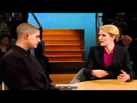 Kidd sætter Helle Thorning-Schmidt på plads i interview!