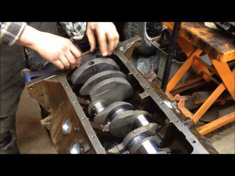 Changing the rear main seal  Pt 3 | FunnyCat TV