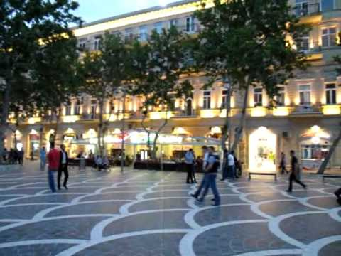 Fountain Square Baku