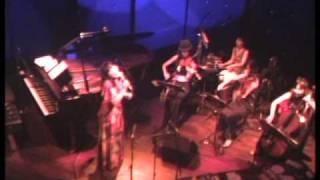 walk with me : 黒沢綾 Live at JZ Brat, 2009-07-29 http://ayanasu.bl...