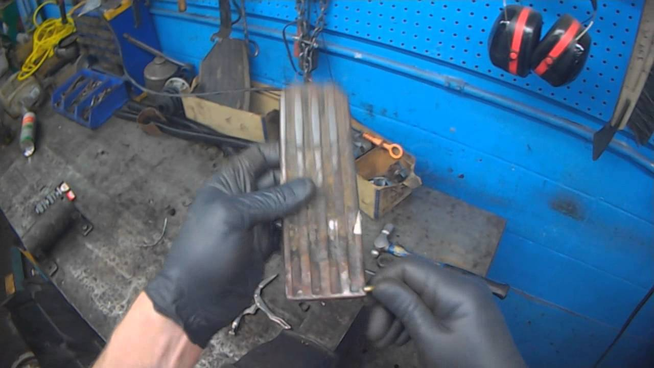 Vw T2 Broken Gas Pedal Hinge Youtube T4 Transporter Wiring Diagram On 1966 Beetle Engine