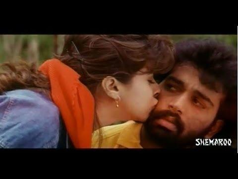 Anaganaga Oka Roju Movie Scenes - Urmila Matondkar & J D Chakravarthy Trying To Find A Ride