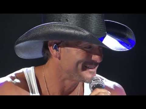 Tim McGraw Phoenix 5 16 14 Back at Mamas