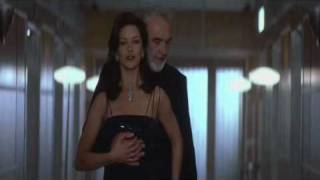 Catherine Zeta Jones - Entrapment Hot Scene