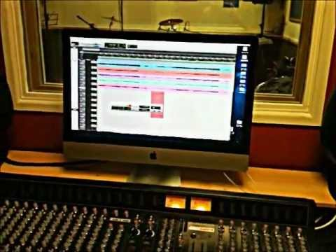 Toro @ The Studios (Day 1)