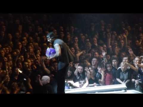 Avenged Sevenfold - God Damn/Almost Easy/Sunny Disposition - live in Birmingham 13.1.17