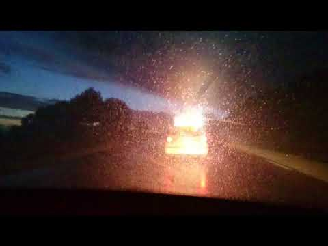 Rachid Nekkaz escorté de nuit en Algérie par 15 policiers
