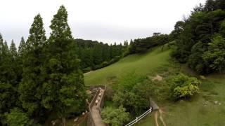 六甲山牧場で許可を得て撮影をする機会があったので、Phantom2で羊を追...