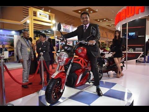 Okinawa Oki 100 @ Auto Expo 2018 | Motorcycle-Sport!