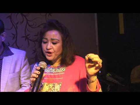 Prateek Seth Singing Bappi Lahiri & K.K. Tune Maari Entriyaan From Gunday 2014, Dubai