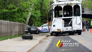 East Islip,NY: Five Wedding Party Guests Injured In Trolley Bus Crash 05-19-19