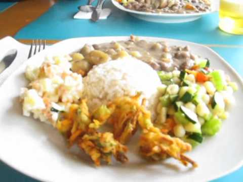 Cuenca Ecuador Restaurant for $2.50 (Good Affinity) Vegetarian
