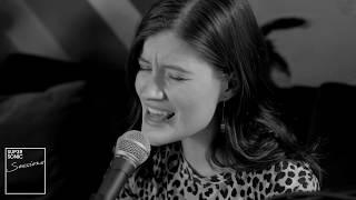 Смотреть клип Madeline Juno - Geliehen