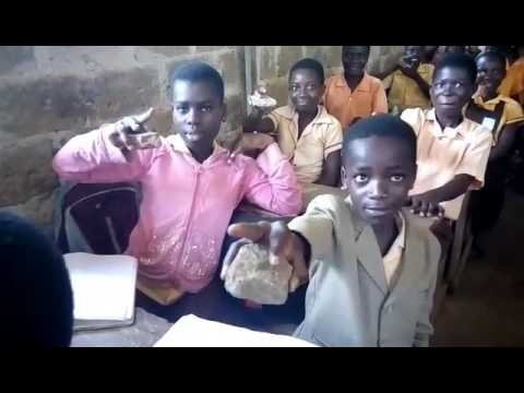 STUDENTS USE STONE AS COMPUTER MOUSE IN GHANA