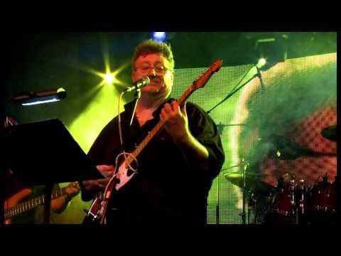 Halvány őszi rózsa - 3+2 együttes (LIVE in DUNASZEG 2011)