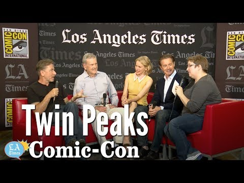"""Twin Peaks"" Cast Talks About Working With David Lynch: Comic-Con 