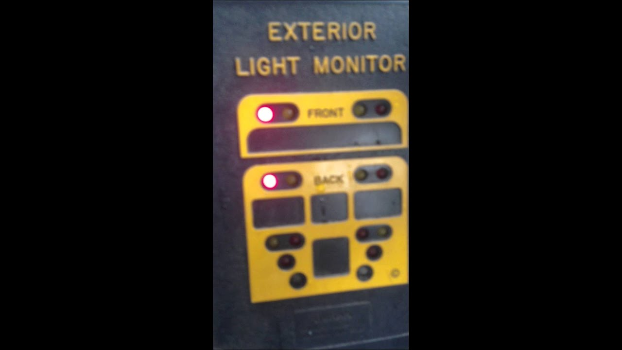 16 Lamp Exterior Light Monitor Youtube