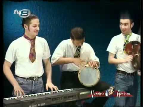 Decrat ft. Velet - Gözüm Arkada Kalır (Official Video)