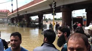 (Jammu And Kashmir Floods) Srinagar Lal Chowk Under Water