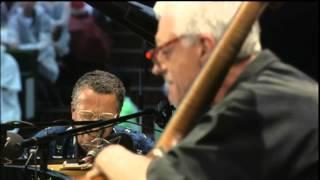 Play Butch & Butch (Live)