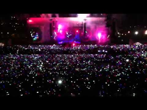 Ouverture du concert COLDPLAY à Nice