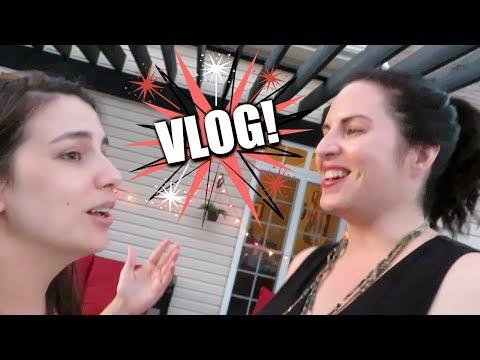 VLOG | Food, Folks, Fun & Cannonballs thumbnail