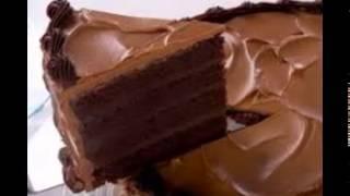 Icing A Cake
