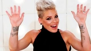P!nk ↬ Best/ Funniest moments