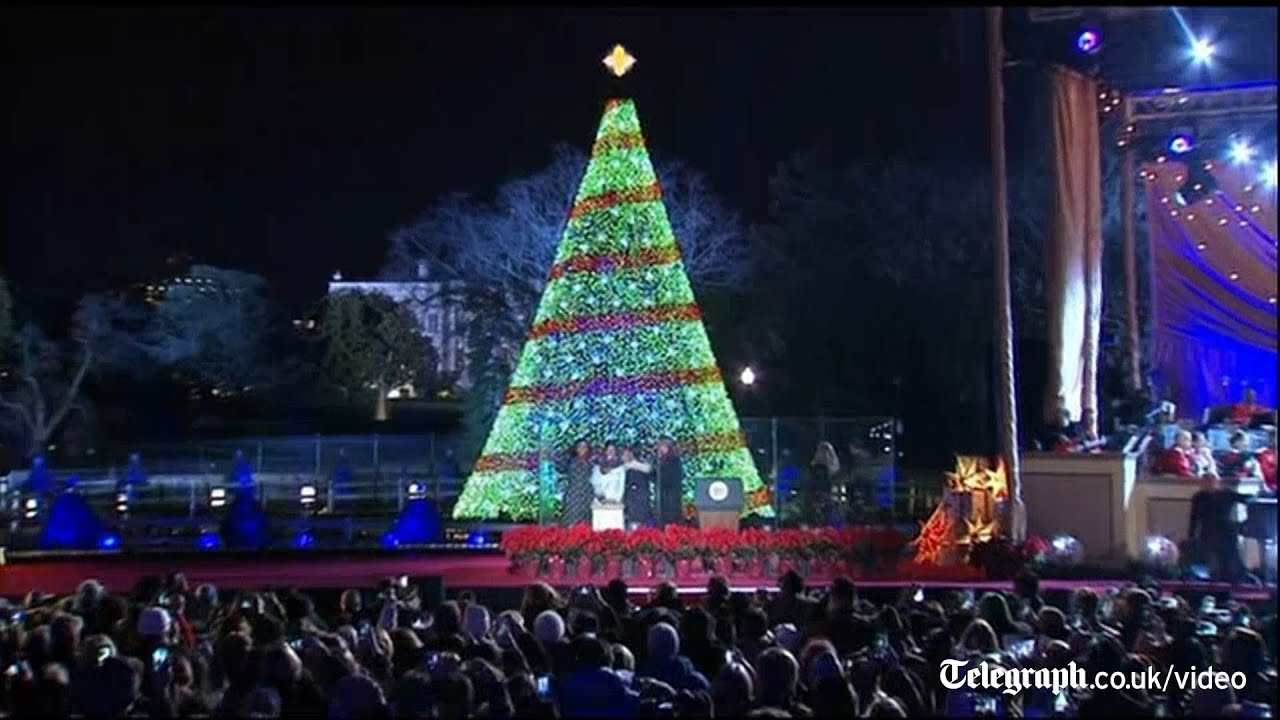 Obama Family Turn Out For National Christmas Tree Lighting