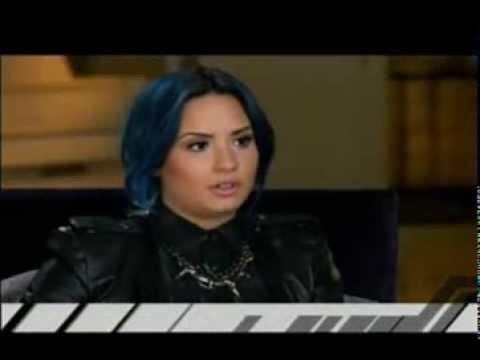 Demi Lovato with Giuliana
