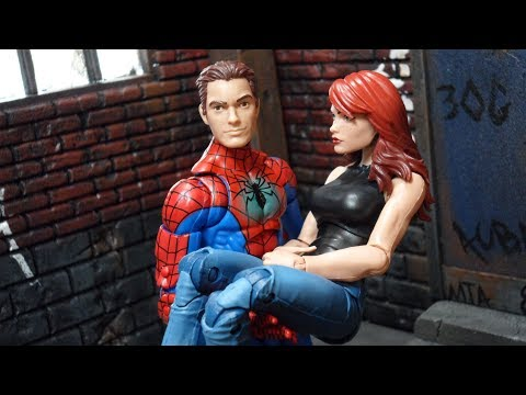 Marvel Legends ToysRus Exclusive Spider-Man & Mary Jane Watson 2-Pack Review