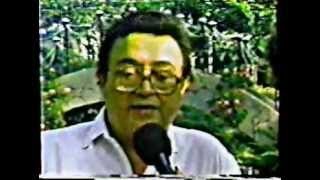 LOS DESTELLOS - ENTREVISTA A ENRIQUE DELGADO - canta A LOS BOSQUES ME INTERNO YO