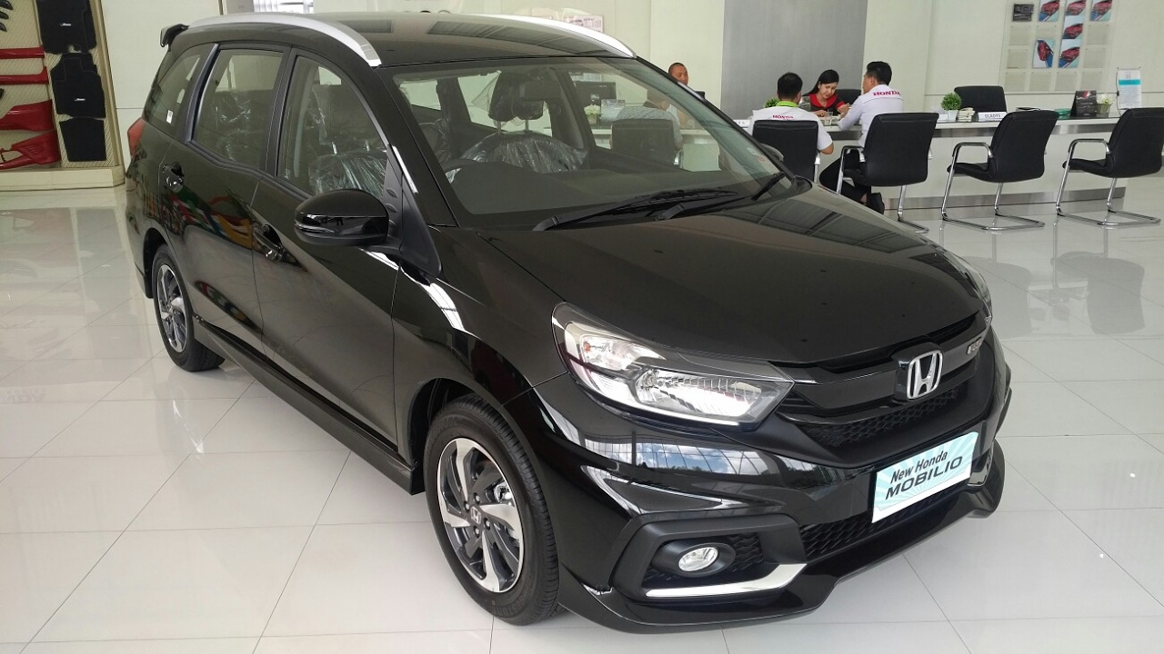 In Depth Tour Honda Mobilio Rs M T Facelift 2017 Tanpa Vsa Dan Hsa