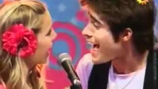 Rodrigo Guirao (yo)  y Lusiana Lopilato - Te extraño.