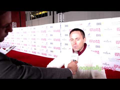William deVry on Naturally Savvy TV: Live From Hollywood