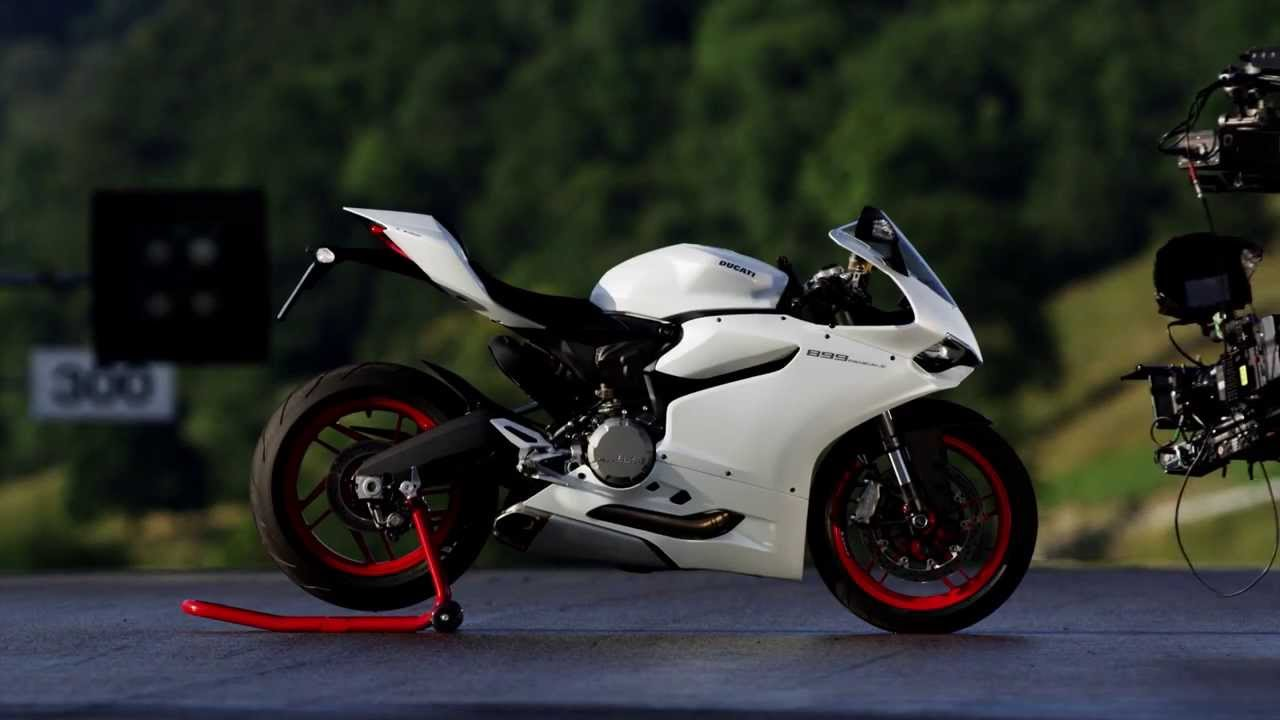 the 2014 ducati superbike 899 panigale youtube. Black Bedroom Furniture Sets. Home Design Ideas