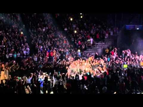 WWE Live (Singapore)- Kevin Owens entrance music hits!