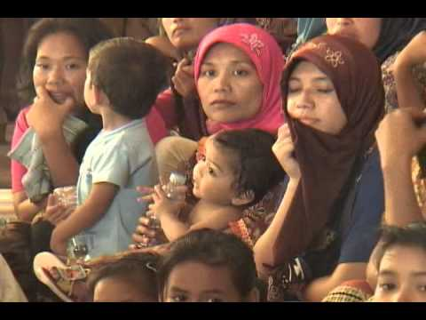 Mindanao Examiner TV - Thousands of poor Muslims benefit from Sulu Sultanate relief mission