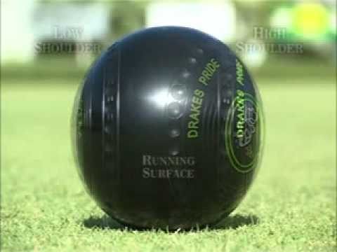 Selecting the bowl (lawn bowls)