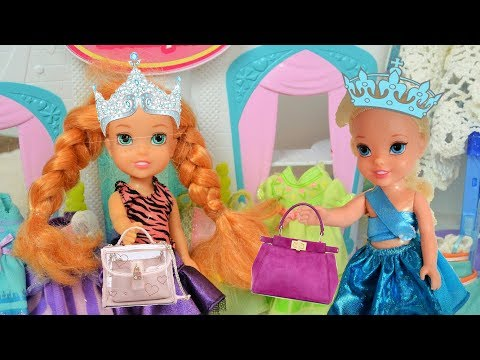 Anna and Elsa Toddlers Shop for a Spring Ball Dress - Barbie Boutique - Fashionista - Dress Up
