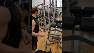Взрывное упражнение с гирями 32 кг на всю спину