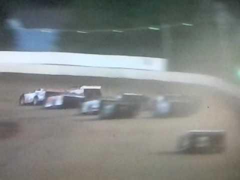 Bedford Speedway 5/26/17 SLM Heat 3