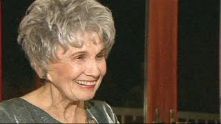 Acclaimed Canadian short fiction writer Alice Munro wins Nobel prize
