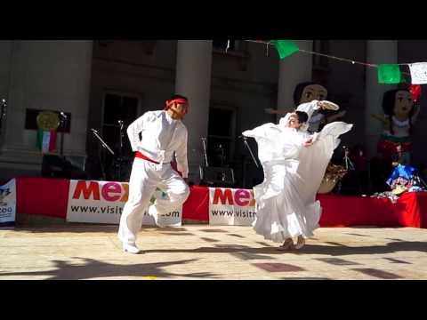 "Ballet Folklorico Aztlan Ottawa-Gatineau:  ""Boda Nayarita"""