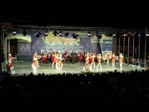 Giulianova-XIV Festival Bande Music. 2013-UNGHERIA-Sopron Majorettes Zolai Balaton