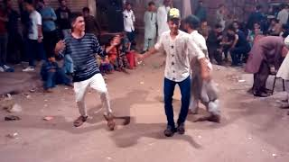 Acting and Dance on Balochi song A Great performas ! Balochi Ganey per Dance kese hota he