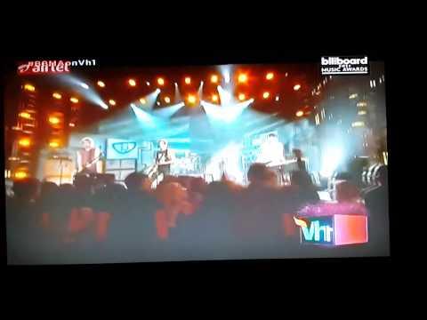 5 Seconds Of Summer Billboard Music Awards ♥ 5SOS
