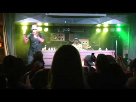 Talib Kweli- Lonely People (Eleanor Rigby remix) live at Commonwealth, Calgary July 30