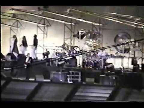 Pink Floyd - One Slip (Live  At The Oakland Coliseum, April 22nd 1994)